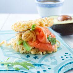 Ramen Burger on hampurilainen, jossa sämpylät korvataan nuudeleista tehdyillä kakkusilla. Täytteitä voi varioida loputtomiin.