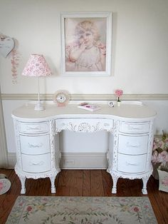 Awesome Useful Tips: Shabby Chic Background Lace shabby chic bedding canopy.Shabby Chic Fabric Hair Clips shabby chic home kitchens. Shabby Chic Wallpaper, Shabby Chic Dresser, Chic Living Room, Shabby Chic Accents, Chic Wallpaper, Chic Bedding, Shabby Chic Furniture, Shabby Chic Desk, Chic Home Decor