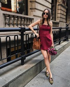 """""""Mi piace"""": 5,188, commenti: 39 - Louise Roe (@louiseroe) su Instagram: """"Feels like Fall. And still kind of like Summer. So I bought this corduroy stretch dress in…"""" Flat Shoes Outfit, Dress Flats, Stretch Dress, Fashion Photo, Corduroy, Outfit Of The Day, Womens Fashion, Ootd Fashion, Instagram Posts"""