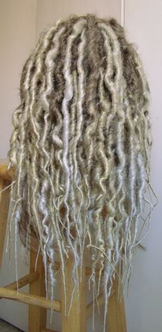 making a dread wig