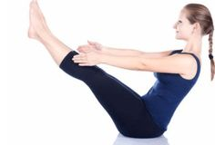 10 Yoga Poses To Help Lose Belly Fat, we suggest going for yoga. Yes, there are more than a few yoga pose that can help you lose belly fat while also calming down your mind. Reduce Belly Fat, Lose Belly Fat, Basic Yoga Poses, Boat Pose, Yoga Positions, Lower Abs, Lower Belly, Yoga Sequences, Best Yoga