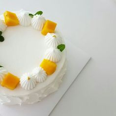 20 ideas for birthday cake decorating fruit Pretty Cakes, Beautiful Cakes, Amazing Cakes, Peach Cheesecake, Mango Cake, Gourmet Cakes, Peach Cake, Gift Cake, New Cake