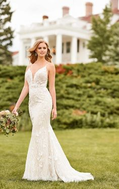Designer wedding gowns by Martina Liana that are on display at New Beginnings Bridal Studio in Puyallup, WA. Wedding Dresses Perth, Wedding Dress Boutiques, Designer Wedding Gowns, Elegant Wedding Dress, Blush Bridal, Bridal Gowns, Sweetheart Bridal, Mod Wedding, Lace Wedding
