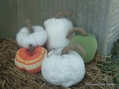 How to make sweater pumpkins -- NO SEWING!! ~ * THE COUNTRY CHIC COTTAGE (DIY, Home Decor, Crafts, Farmhouse)