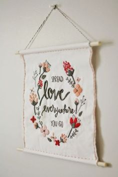 DIY Valentine s Day Wall Hanging Free Template The Pretty Life Girls DIY Valentine s Day Wall Hanging Free Template The Pretty Life Girls Tchicabella Embroidery 038 Tapestry Today I nbsp hellip Hand Embroidery Stitches, Hand Embroidery Designs, Ribbon Embroidery, Embroidery Art, Cross Stitch Embroidery, Beginner Embroidery, Machine Embroidery, Valentines Bricolage, Valentines Diy