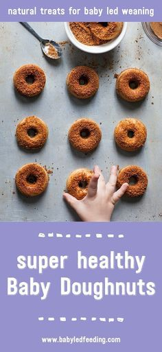 Healthy & doughnuts don't normally come in the same sentence but here you go, a baby led weaning doughnut recipe that will change your life. Baby Snacks, Toddler Snacks, Kid Snacks, Healthy Doughnuts, Baked Donuts, Baby Food Recipes, Healthy Recipes, Toddler Recipes, Healthy Treats