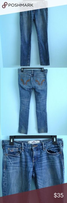 Dark hollister straight leg jeans Hollister Jean pants. All pockets work. Straight leg fit. In great condition Hollister Pants Straight Leg