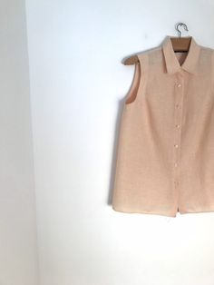 ecd4244004e CACHAREL vintage peach linen button down sleeveless blouse with easy fit /  xs / s /