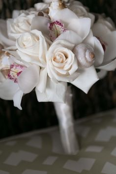 bridal bouquet with shells for beach wedding