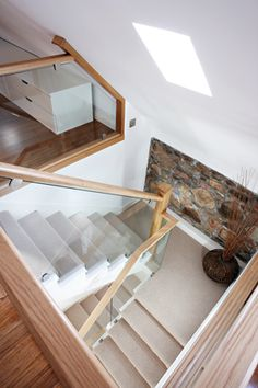 Cut String Glass and Oak Staircase - Neville Johnson Oak Stairs, Wooden Stairs, House Stairs, Glass Bannister, Glass Stairs, Banisters, Railings, Loft Staircase, Staircase Design