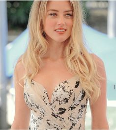 Most Beautiful Faces, Beautiful Celebrities, Beautiful Women, Hollywood Actor, Hollywood Actresses, Amber Heard Hair, Amber Head, Sexy Hot Girls, Woman Crush