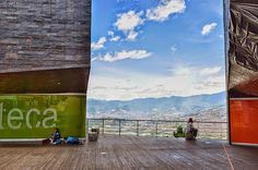 "Fotoviaje: Medellín, Antioquia, Colombia. Día 10 ""Biblioteca ... Painting, Art, Viajes, Art Background, Painting Art, Kunst, Paintings, Performing Arts, Painted Canvas"