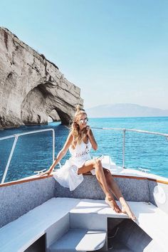 Beautiful Greece: http://www.ohhcouture.com/2017/06/monday-update-51/ #leoniehanne #ohhcouture