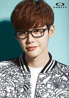 Lee Jong Seok Is Fashionably Urban & Geeky For New Oakley Eyewear Ads | Couch Kimchi