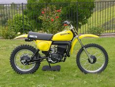 1976 Suzuki RM 370. Busted my nutz on that steel tank more than once.