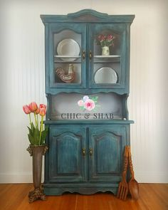 Practicing my staging skills. I was inspired by @theturquoiseiris to #dothedionne when I painted this hutch. I love learning new techniques  .  .  .  #furniturepainting #diy #shabbychic #anniesloan #chalkpaint #hutch #shopsmall #dothedionne #chicandshab