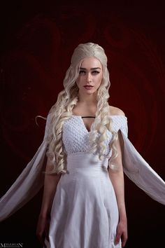 Game of Thrones Khaleesi by MilliganVick.devi on Game of Thrones Khaleesi by MilliganVic Daenerys Targaryen Cosplay, Game Of Thrones Khaleesi, Game Of Thrones Dress, Game Of Throne Daenerys, Game Of Thrones Art, Game Of Thrones Cosplay, Khaleesi Hair, Cosplay Games, Gothic Beauty
