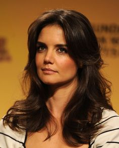 Katie Holmes is looking a little 'Charlie's Angels' here #KatieHolmes #hair want this hair