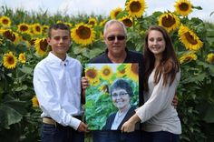A Grieving Husband Planted Four Miles Of Sunflowers To Fulfill His Late Wife's Dream - BuzzFeed News