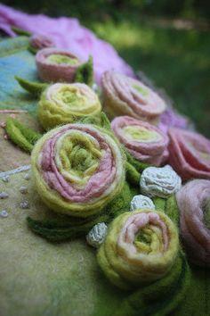 """Войлочная сумка """"Поля лаванды, лютики и розы...мой Прованс"""". Handmade."""