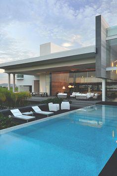 gentscartel:  JRB House // GC