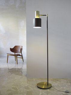 "Fog & Morup ""Studio"" danish lamp, design Jo Hammerborgh - Danish Modern Lounge, design Ib Kofoed-Larsen, 1950's - www.capperidicasa.com"