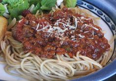 I love me some Paula Dean& Spaghetti Sauce. I& admit I& only tried a couple other recipes, but this is definitely my favorite. I li. Spagetti Sauce, Best Spaghetti Sauce, Spagetti Recipe, Homemade Spaghetti Sauce, Paula Deen Spaghetti Sauce Recipe, Homemade Sauce, Meat Sauce Recipes, Pasta Recipes, Beef Recipes
