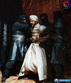 Dilsiz cellatları görünce babasının kendisinden vazgeçtiğini anlayan Mustafa için artık çok geçtir