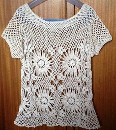 Blusa em crochet a mão, confeccionada em fio de algodão de textura macia e muito leve. <br>Tamanho P, M, G cor de sua preferência. <br>Sob encomenda 15 dias para confecção.