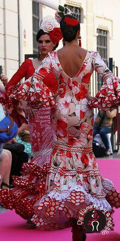 Viva la Feria   Moda Flamenca en el centro de Málaga