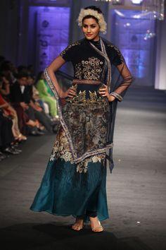 Narendra Kumar Couture Collection at India Bridal Fashion Week 2012