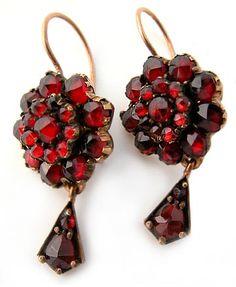 459c0d029d10 Victorian Bohemian Garnet Drop Earrings Vintage Šperky