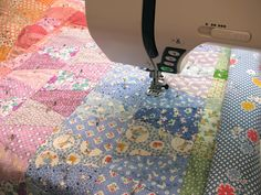 Saltwater Quilts: 30's Reproduction Tumbler Quilt