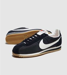 new arrival f5ab7 5dbcd Nike Cortez Premium