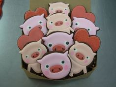 definately going to need some piggie cookies!! :D