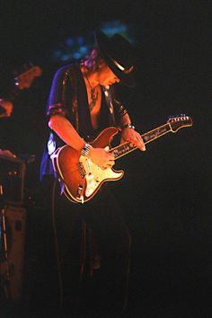Stevie Ray Vaughan taken by Henry H. Stevie Ray Vaughan, Eric Clapton, Jimmie Vaughan, Blues, Music Photo, Cool Guitar, Srv Guitar, Rock Music, Rock And Roll