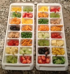 What to Put in Those Picky Toddler Bento Boxes - All the other pins I found have the idea, but not a good list of ideas - check this list out! I ink my 8 year old would prefer to eat this way still. Lunch Snacks, Healthy Snacks, Healthy Eating, Healthy Recipes, Healthy Options, Toddler Lunches, Toddler Food Picky, Foods For Picky Toddlers, Toddler Dinners