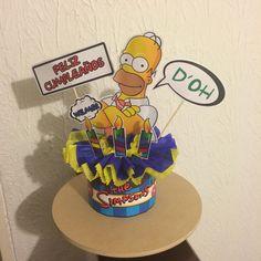 Espectacular Centro de Mesa para cumpleaños con temática The Simpsons por #ViCani_Design
