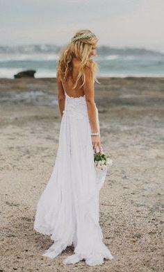 Brautkleid für eine Hochzeit am Strand (JT)