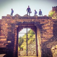 Great capture at Raisen Fort by @gaganrawat_