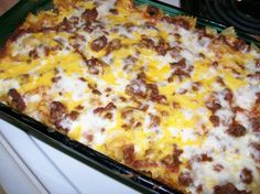 Sour Cream and Ground Beef Layered Casserole - Recipes to t.-Sour Cream and Ground Beef Layered Casserole – Recipes to try – Sour Cream and Ground Beef Layered Casserole – Recipes to try – - Casserole Dishes, Casserole Recipes, Meat Recipes, Cooking Recipes, Free Recipes, Drink Recipes, Cornbread Recipes, Cheese Recipes, Cooking Food