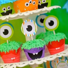Monster Party cupcakes.