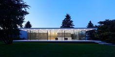 werner sobek - modernist house - exterior night