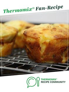 Recipe Ham, cheese and pineapple muffins by monicaih, learn to make this recipe easily in your kitchen machine and discover other Thermomix recipes in Baking - savoury. Cheese Scones, Cheese Muffins, Pineapple Muffins, Chicken Buns, Thermomix Bread, Muffin Tin Recipes, Savory Muffins, Baking Cupcakes, Ham And Cheese