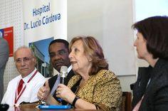 """La Ministra Molina manifestó que """"es un orgullo que en este hospital emblemático de la Salud Pública chilena podamos constatar que tenemos todas las condiciones para hacer frente al desafío que significa, aquí y en cualquier parte del mundo, el Ébola"""""""