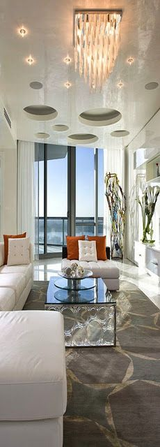 Miami Beach Home - Interior Design by Renata Pfuner Luxury Homes Interior, Luxury Home Decor, Interior And Exterior, Diy Home Decor, Modern Interior, Contemporary Family Rooms, Luxury Living, Modern Living, Beautiful Interiors