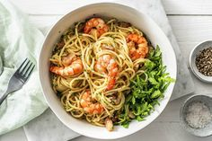 Prawn and Pancetta Spaghetti and Rocket Recipe Prawn Spaghetti, Creamy Spaghetti, Spaghetti Recipes, Prawn Recipes, Pasta Recipes, Dinner Recipes, Scampi, Bolognese, Creamy Prawn Linguine
