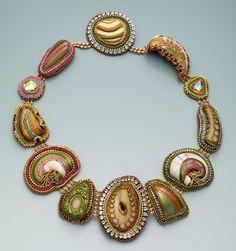 http://bnb.jewelrymakingmagazines.com/~/media/images/Bead%20Dreams/2014/Arizona%20Cabochons