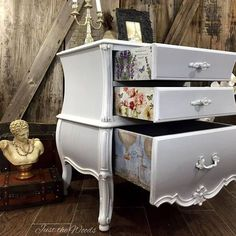 Love the sides of drawers Beautiful curvy nightstand makeover in shades of gray and white with French print drawer decor. A shabby chic dream! Refurbished Furniture, Repurposed Furniture, Shabby Chic Furniture, Furniture Makeover, Vintage Furniture, Decoupage Furniture, Decoupage Drawers, Decoupage Paper, Dresser Drawers