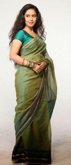 Indian Actress: Avika Gor new movie cute sari stills